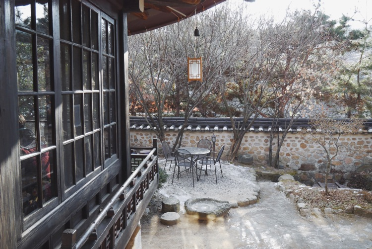 首爾韓屋壽硯山房 戶外