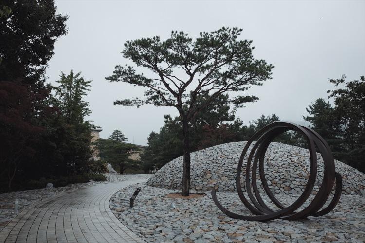 Museum San-Stone Garden-01
