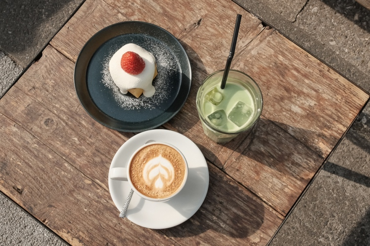 monz cafe咖啡與蛋糕