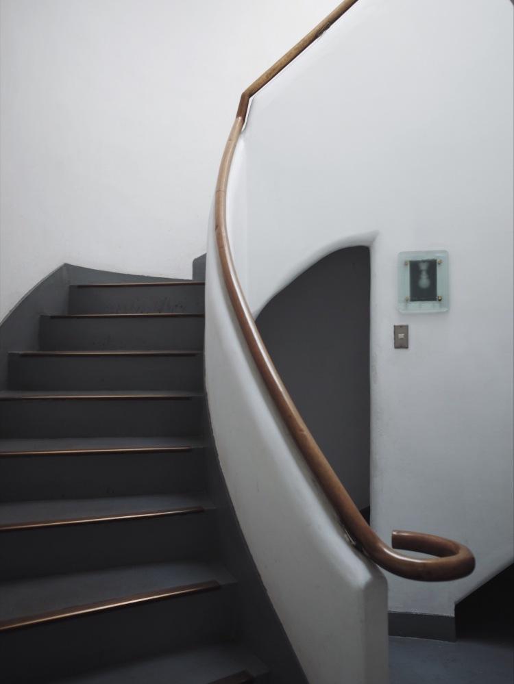 神樂坂日法學院雙重螺旋樓梯