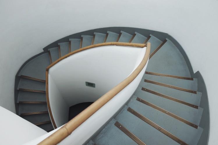 東京雙重螺旋樓梯