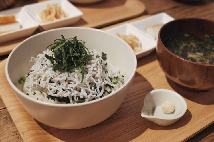 熱海KICHI食堂-吻仔魚丼飯